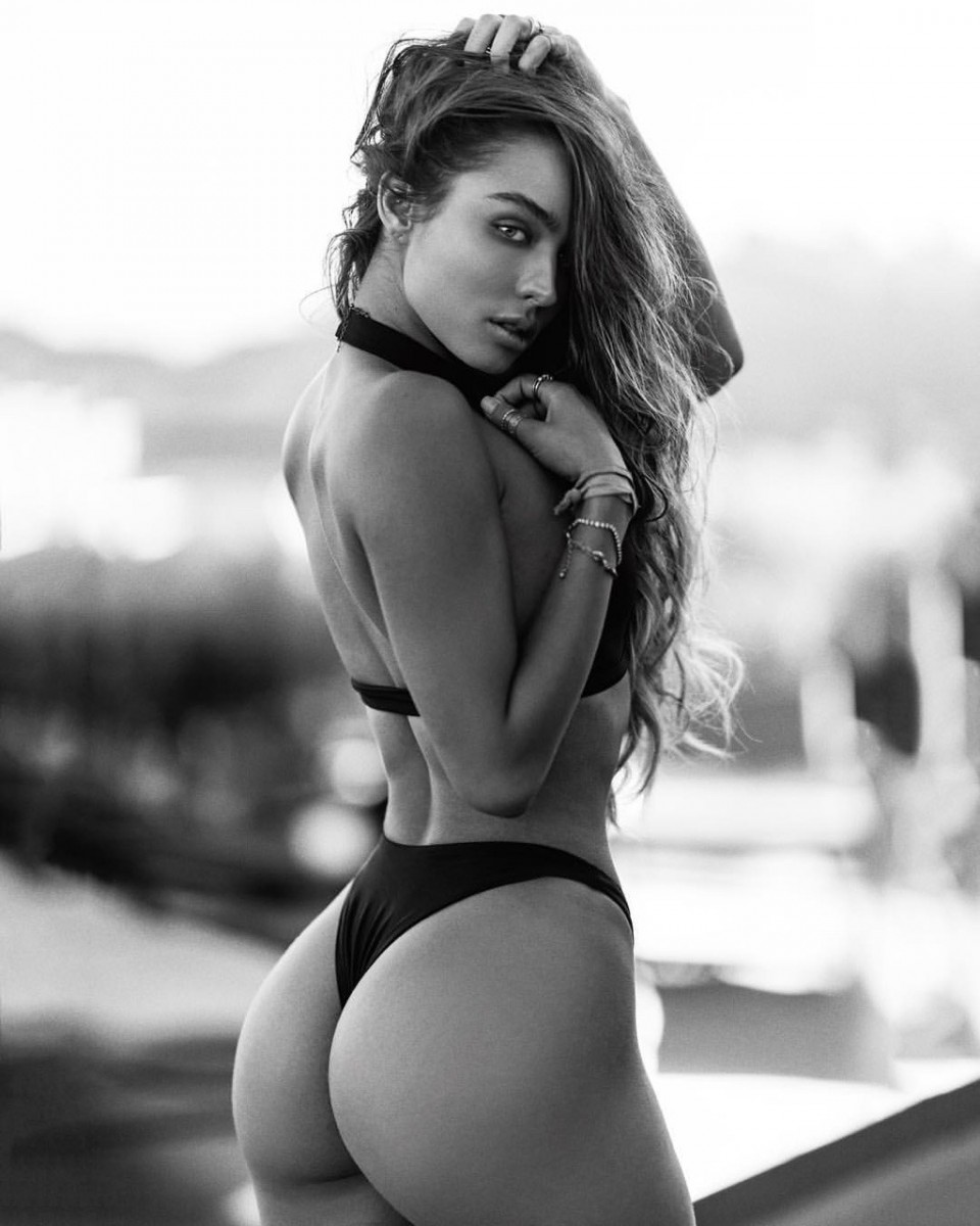 Sommer Ray Photo 26 Of 35 Pics Wallpaper Photo 957639