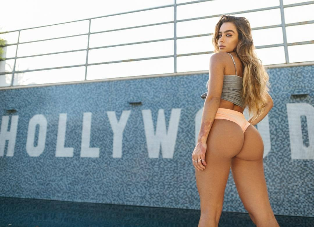 Sommer Ray Photo 25 Of 35 Pics Wallpaper Photo 957486