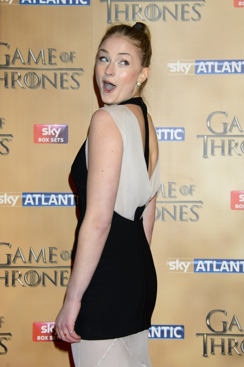 Sophie Turner Actress Photo 479 Of 1372 Pics Wallpaper