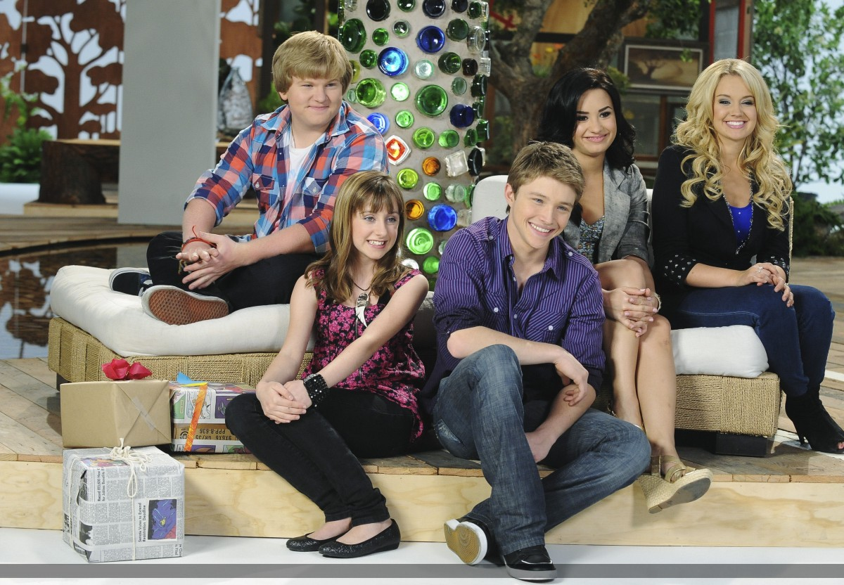Sterling Knight: pic #477631