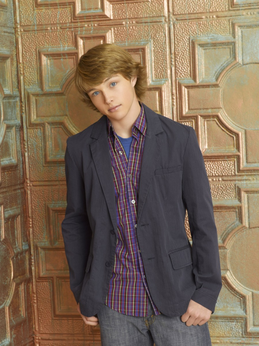 Sterling Knight: pic #477630