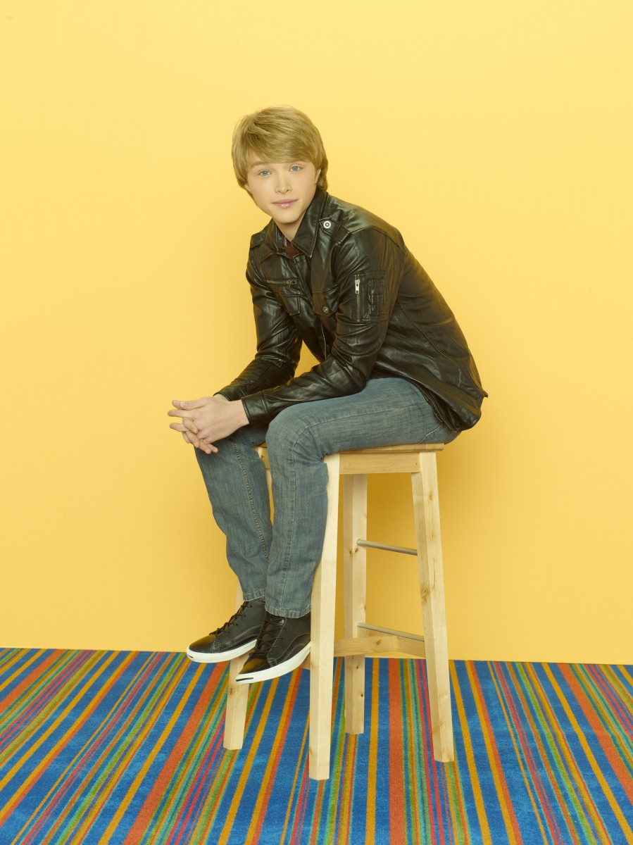 Sterling Knight: pic #468304