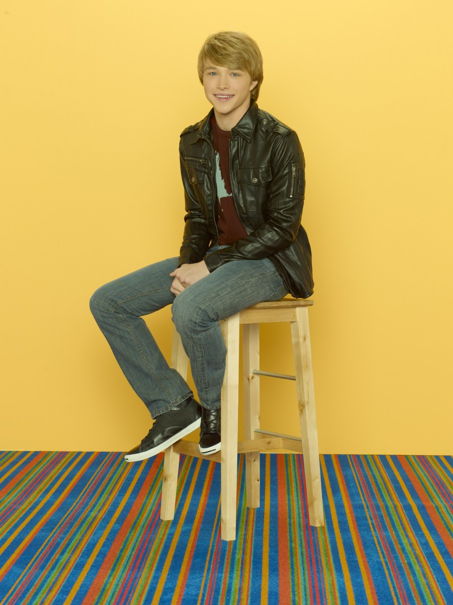 Sterling Knight: pic #468302