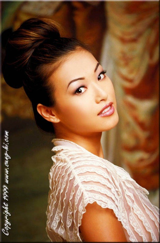 Celebrity Sung Hi Lee Photos. Pictures, wallpapers, Sung