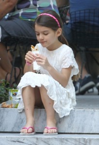 photo 4 in Suri Cruise gallery [id520768] 2012-08-12