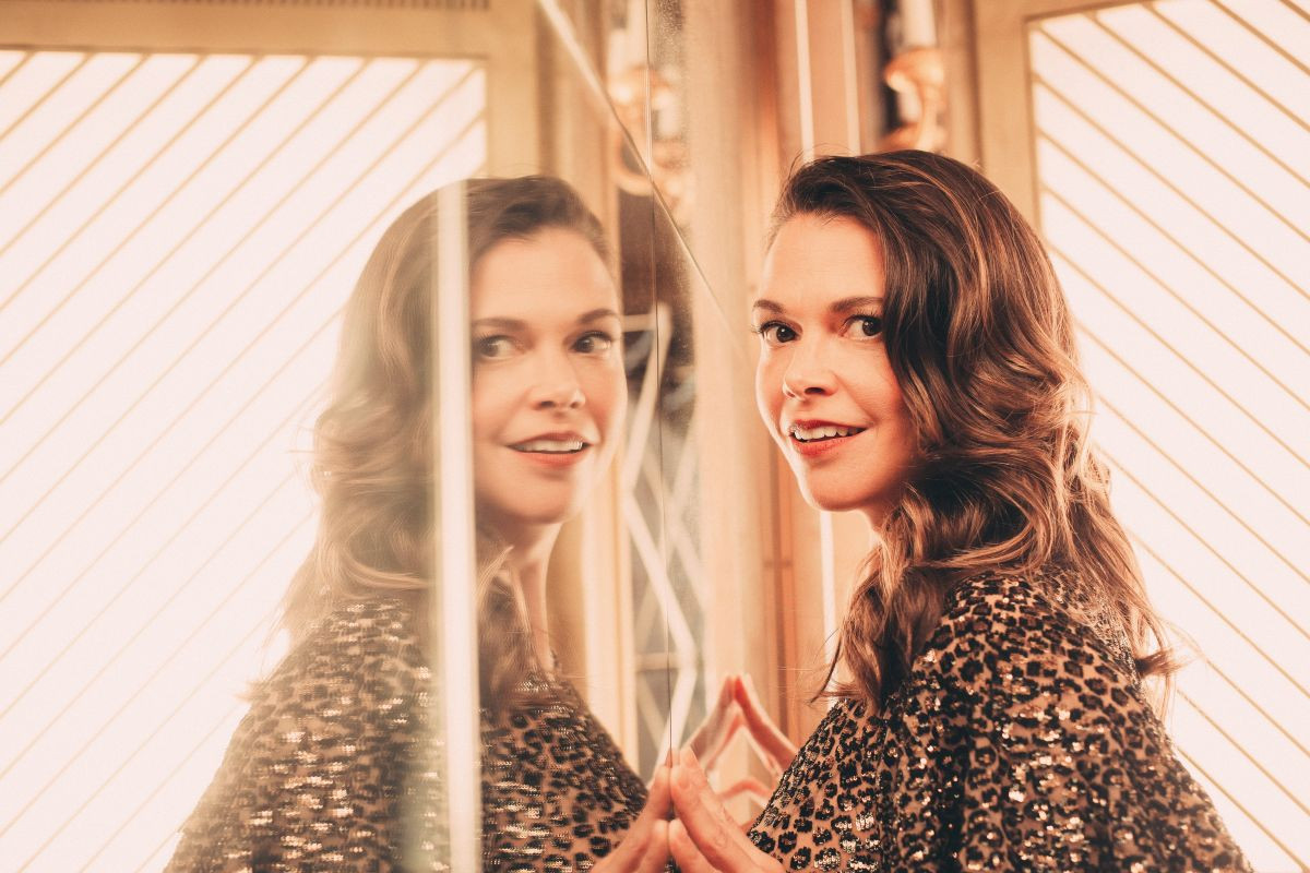 Sutton Foster: pic #1187532