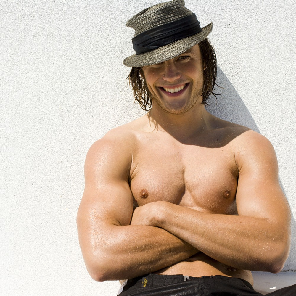 ausCAPS: Taylor Kitsch shirtless in The Normal Heart