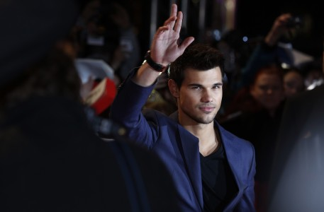 photo 3 in Taylor Lautner gallery [id554223] 2012-11-20