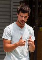 photo 23 in Taylor Lautner gallery [id650109] 2013-12-03