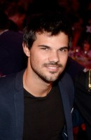photo 16 in Taylor Lautner gallery [id744401] 2014-11-29