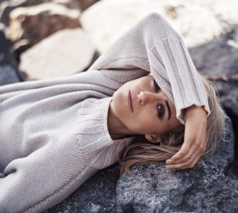 Taylor Schilling pic #816321