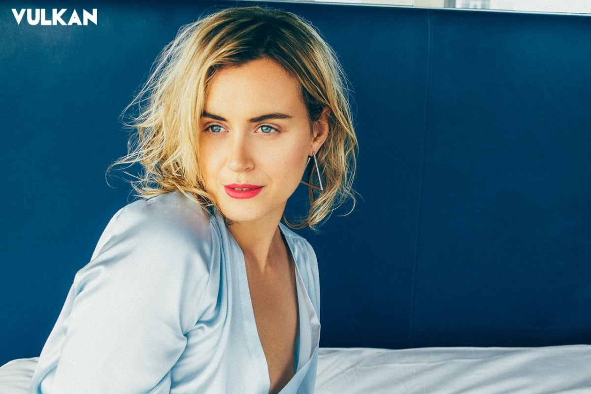 Taylor Schilling: pic #1060299