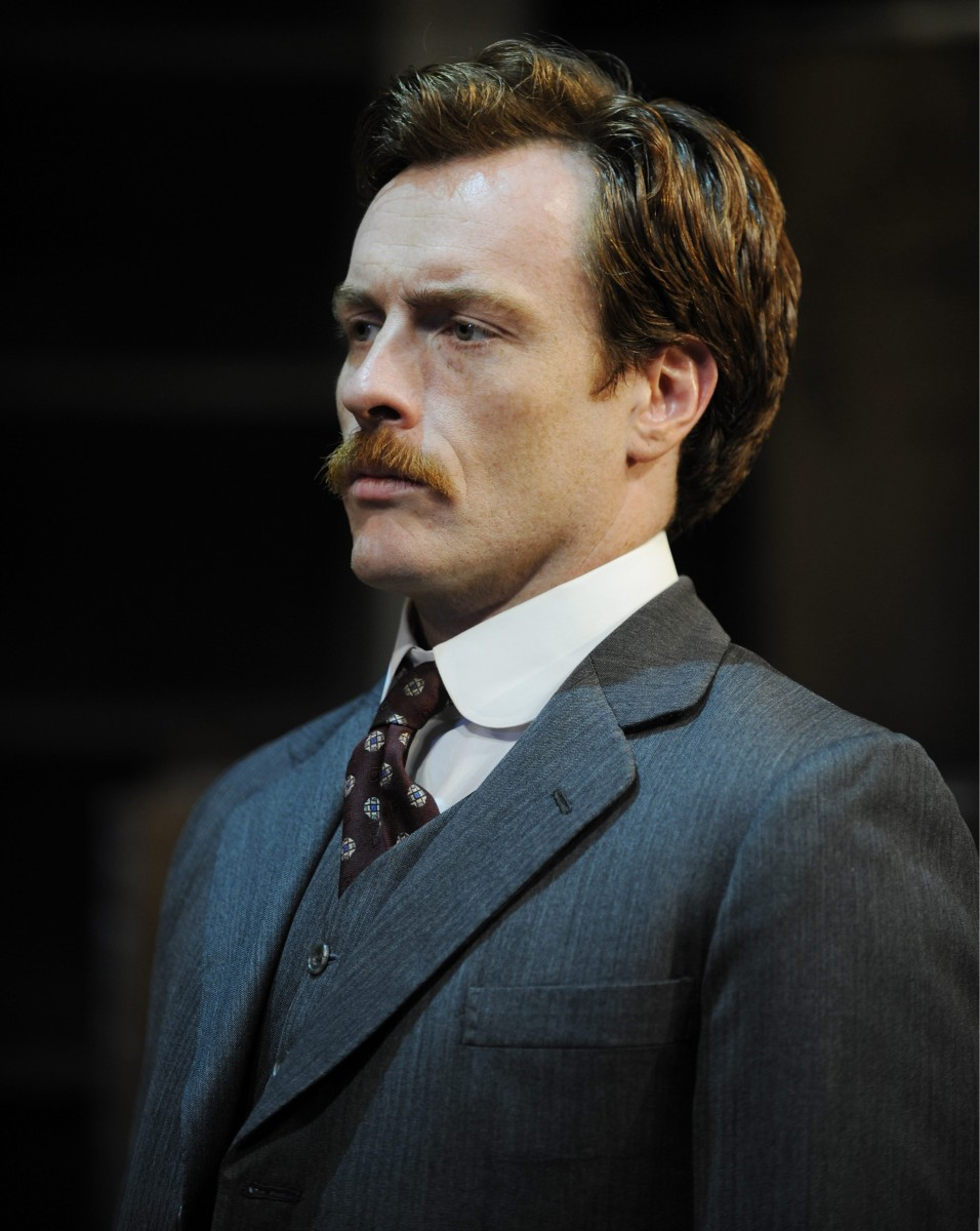 Toby Stephens: pic #363349