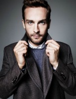 Tom Mison pic #812228