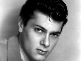 Tony Curtis pic #244510