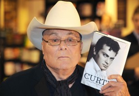 Tony Curtis pic #330877