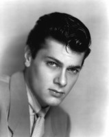 Tony Curtis pic #287440