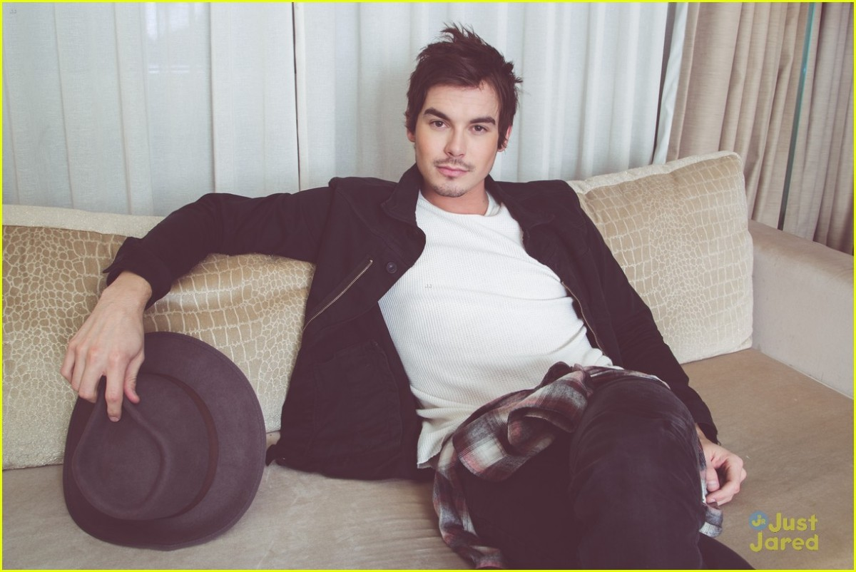 Tyler Blackburn Photo 31 Of 62 Pics, Wallpaper
