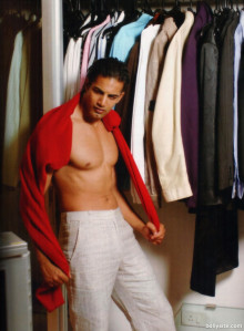 photo 5 in Upen Patel gallery [id501433] 2012-06-20