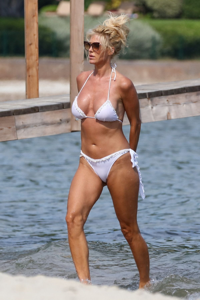 Victoria Silvstedt: pic #1224561