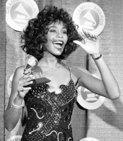 Whitney Houston pic #561424