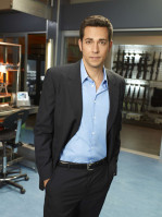 photo 3 in Zachary Levi gallery [id431905] 2011-12-21