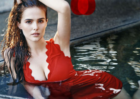 Zoey Deutch pic #825543