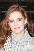 Zoey Deutch pic #1023093
