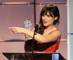 Zooey Deschanel pic #687667