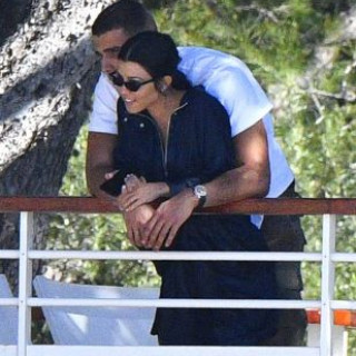 Scott Disick Wants To Stir Up Drama With Kourtney Kardashian