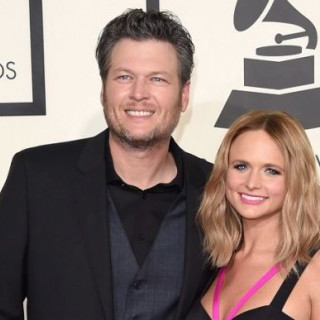 Blake Shelton Called Out His Ex-Wife On Twitter