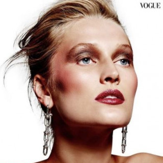 Toni Garrn became the face of Vogue Thailand
