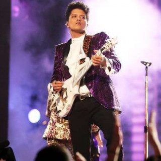 Bruno Mars will not play Prince in a new movie