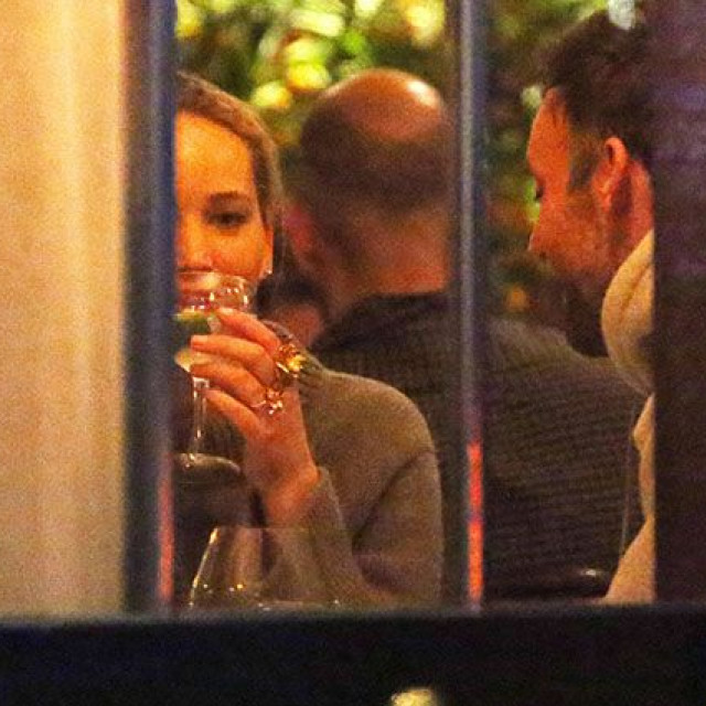 Jennifer Lawrence shows off an engagement ring