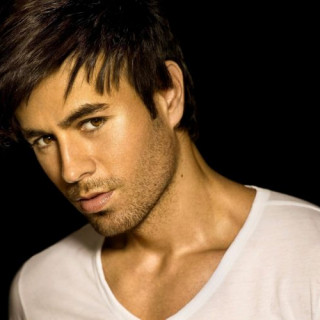 Enrique Iglesias showed a grown-up son