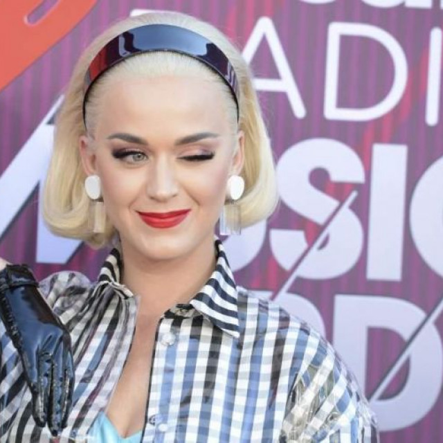 Katy Perry will pay almost $3 million for plagiarism of Dark Horse's song