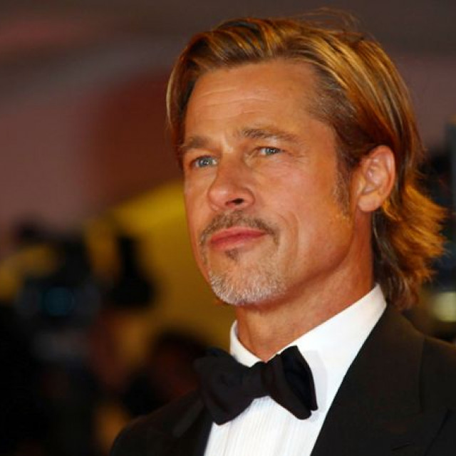 Brad Pitt answered questions about new novels