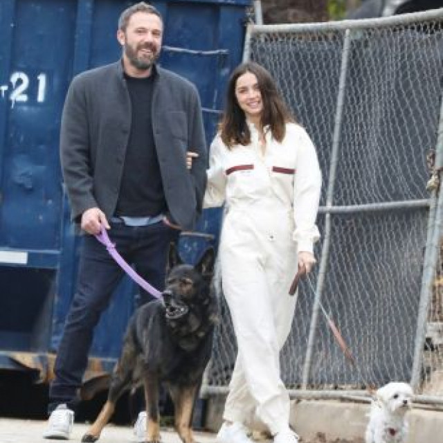 Hollywood actor Ben Affleck recently jumped on a walk with Ana de Armas