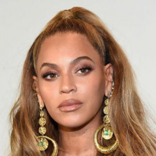 Beyonce will sign a contract with Disney for $100 million