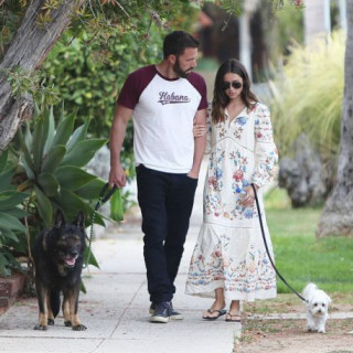 Media: Ben Affleck's girlfriend pregnant?