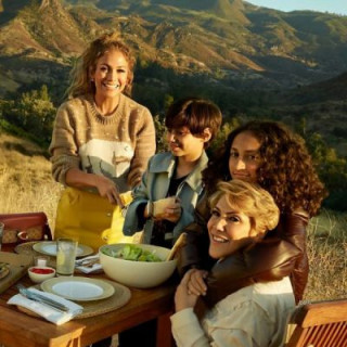 Jennifer Lopez and her family appeared in the Coach commercial