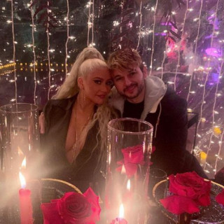 Christina Aguilera shared a rare photo with her fiancé