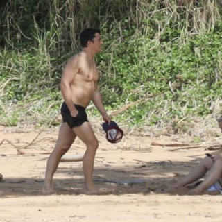 Orlando Bloom and Katy Perry spotted on the beach while on vacation