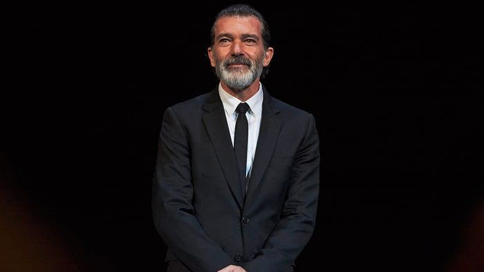 Antonio Banderas Speaks On His Heart Attack