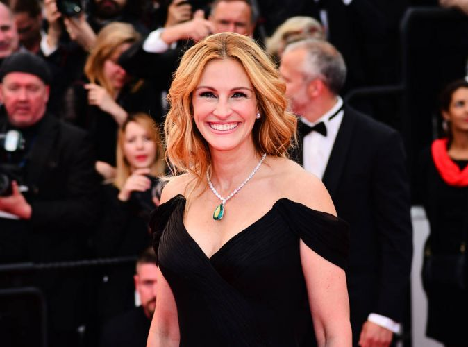 Julia Roberts Is The Most Beautiful And Fashionable Woman Once Again!